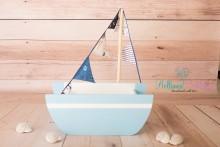 NEU! NEWBORN BOOT in hellblau-weiß mit passender Fähnchenkette in Maritimdesign